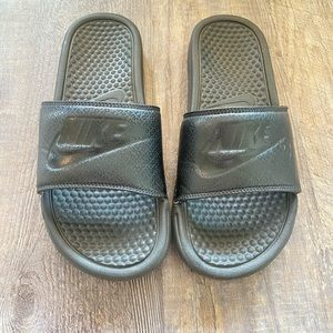 Nike Benassi JDI Solid Black Slides Slip On Sandal